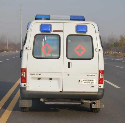 特顺运送型救护车图片2