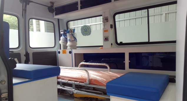 福特新世代120急救车15271321777